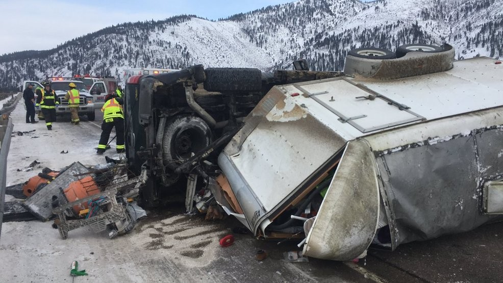 Minor injuries in crash east of Missoula | KECI