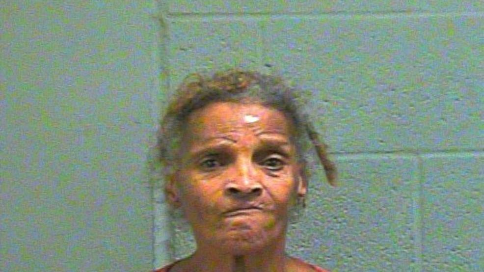 Police: Woman assaults man with mug in fight over chicken | KECI
